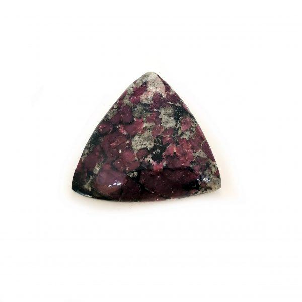 Eudialyte, pierre naturelle, natural stone – Péninsule de Kola, Russie