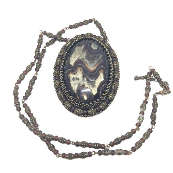 Pendentif artisanal, pierre simbercite pendant
